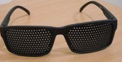 Image result for kacamata terapi pinhole vision